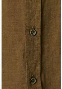 Cross Jeans - Koszula. Typ kołnierza: button down. Kolor: zielony. Materiał: tkanina. Długość rękawa: długi rękaw. Długość: długie. Wzór: gładki