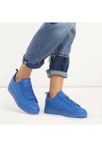 vices - Granatowe sportowe buty damskie VICES Q35-13. Kolor: niebieski. Materiał: skóra