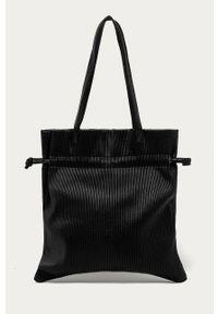 Czarna shopperka Answear Lab na ramię, duża, wakacyjna