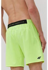 4f - 4F - Szorty. Okazja: na co dzień. Kolor: zielony. Materiał: materiał, tkanina, włókno. Wzór: gładki. Styl: casual