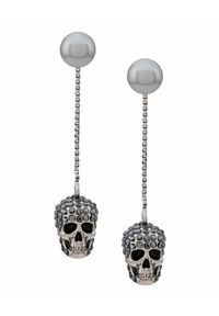 Alexander McQueen - ALEXANDER MCQUEEN - Wiszące kolczyki z czaszką. Kolor: srebrny. Wzór: aplikacja. Kamień szlachetny: kryształ
