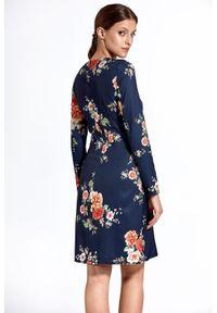 Sukienka z długim rękawem, prosta, w kwiaty, elegancka