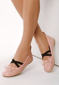Born2be - Różowe Balerinki Ostin. Nosek buta: okrągły. Zapięcie: bez zapięcia. Kolor: różowy. Materiał: skóra. Wzór: gładki. Styl: klasyczny
