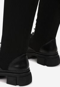Born2be - Czarne Kozaki Pirepe. Wysokość cholewki: przed kolano. Nosek buta: okrągły. Zapięcie: bez zapięcia. Kolor: czarny. Materiał: materiał. Szerokość cholewki: normalna