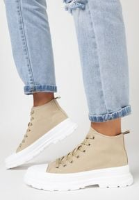 Born2be - Ciemnobeżowe Trampki Thosinix. Nosek buta: okrągły. Zapięcie: sznurówki. Kolor: beżowy. Materiał: jeans, materiał, guma. Szerokość cholewki: normalna