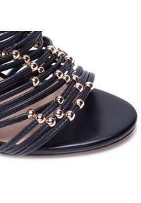Czarne klapki Eva Longoria eleganckie