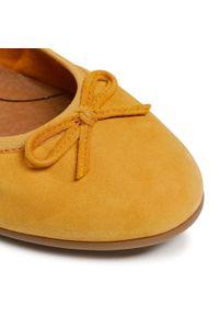 Tamaris - Baleriny TAMARIS - 1-22116-26 Mango Suede 610. Kolor: żółty. Materiał: zamsz. Szerokość cholewki: normalna. Styl: klasyczny