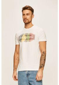Biały t-shirt Desigual na co dzień, casualowy