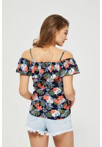 Wielokolorowa bluzka MOODO w kwiaty, na ramiączkach