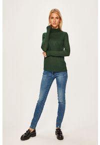 Zielony sweter Pepe Jeans z golfem