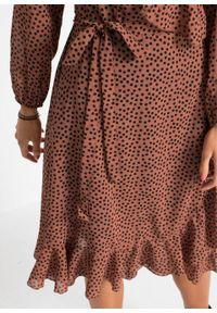 Długa sukienka bonprix orzechowo-czarny w kropki. Kolor: brązowy. Wzór: kropki. Długość: maxi