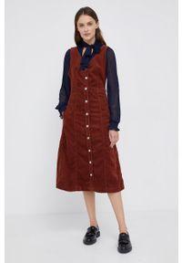 Levi's® - Levi's - Sukienka. Okazja: na spotkanie biznesowe. Kolor: brązowy. Materiał: tkanina. Wzór: gładki. Typ sukienki: rozkloszowane. Styl: biznesowy