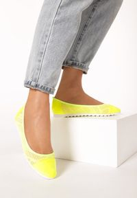 Born2be - Żółte Neonowe Baleriny Ranes. Nosek buta: okrągły. Zapięcie: bez zapięcia. Kolor: żółty. Materiał: jeans, skóra, materiał, koronka, lakier. Wzór: ażurowy. Obcas: na płaskiej podeszwie. Styl: wakacyjny