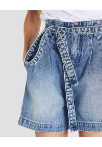 Patrizia Pepe - PATRIZIA PEPE - Jeansowe szorty z paskiem. Stan: podwyższony. Kolor: niebieski. Materiał: jeans. Sezon: wiosna, lato