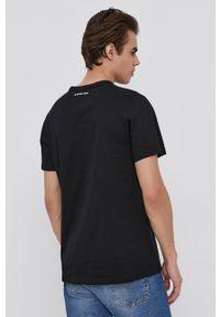 G-Star RAW - G-Star Raw - T-shirt. Okazja: na co dzień. Kolor: czarny. Materiał: bawełna, dzianina. Wzór: aplikacja. Styl: casual