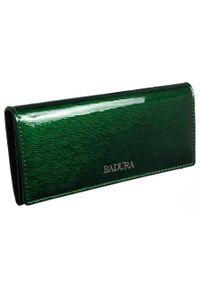 Klasyczny portfel damski zielony Badura B-72037P-SH. Kolor: zielony. Materiał: skóra