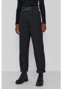 Levi's® - Levi's - Spodnie. Okazja: na spotkanie biznesowe. Kolor: czarny. Materiał: tkanina. Styl: biznesowy