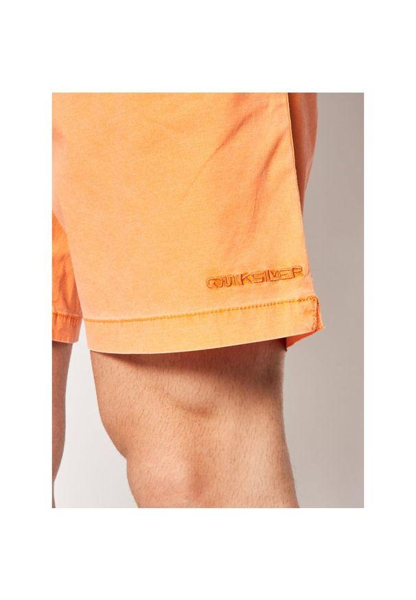 Pomarańczowe spodenki sportowe Quiksilver