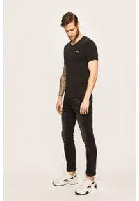 Czarny t-shirt Lacoste casualowy, z aplikacjami, na co dzień