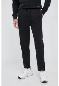 Marc O'Polo - Spodnie bawełniane. Kolor: czarny. Materiał: bawełna