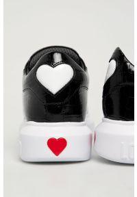 Czarne buty sportowe Love Moschino na sznurówki, z cholewką, z okrągłym noskiem