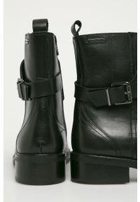 Czarne botki Pepe Jeans z cholewką, na sznurówki