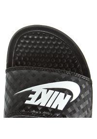Czarne klapki Nike na plażę