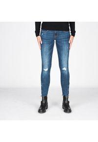 "Guess Jeansy ""Jegging"". Stan: obniżony. Materiał: jeans"
