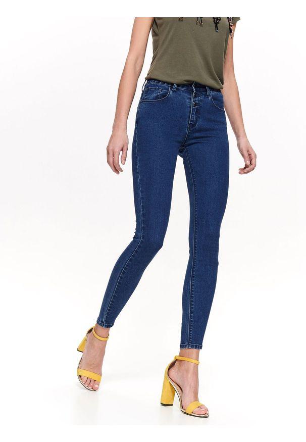 TOP SECRET - Spodnie jeansowe rurki. Kolor: niebieski. Materiał: jeans. Wzór: gładki. Sezon: wiosna, lato