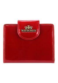 Wittchen - Damski portfel ze skóry lakierowany z ozdobną napą. Kolor: czerwony. Materiał: lakier, skóra. Wzór: aplikacja