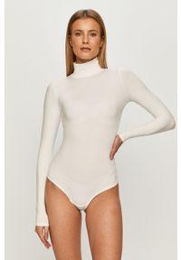Białe body Spanx