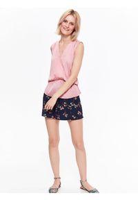 Różowa koszula TOP SECRET casualowa, na lato, bez rękawów, z dekoltem w serek