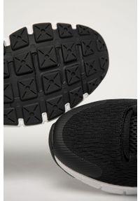 Czarne buty sportowe Under Armour z cholewką, do biegania, na sznurówki