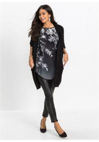 Długi shirt bonprix czarny w kwiaty. Kolor: czarny. Długość: długie. Wzór: kwiaty