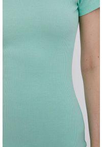 Answear Lab - Sukienka. Kolor: turkusowy. Materiał: dzianina. Wzór: gładki. Typ sukienki: dopasowane. Styl: wakacyjny