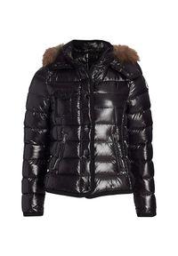 MONCLER - Czarna kurtka Armoise. Kolor: czarny. Materiał: puch, futro, materiał