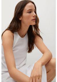 mango - Mango - Sukienka DOMINGO. Kolor: biały. Materiał: włókno, tkanina. Długość rękawa: na ramiączkach. Wzór: gładki. Typ sukienki: rozkloszowane