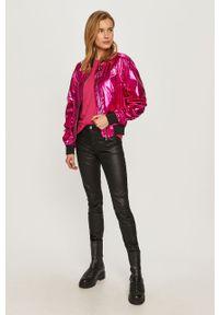 Różowa bluzka Karl Lagerfeld na co dzień, casualowa