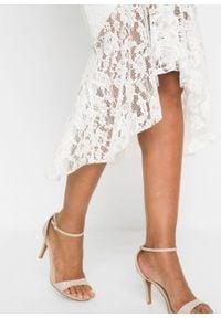 Sukienka z koronką bonprix biel wełny. Okazja: na wesele, na ślub cywilny. Kolor: biały. Materiał: wełna, koronka. Wzór: koronka