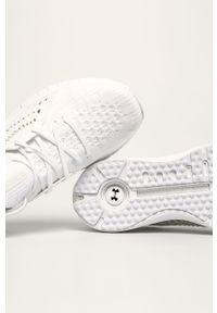 Białe buty sportowe Under Armour z okrągłym noskiem, z aplikacjami, na fitness i siłownię, z cholewką
