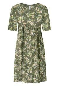 Sukienka shirtowa w kwiaty bonprix oliwkowy w kwiaty. Kolor: zielony. Materiał: jersey. Wzór: kwiaty. Długość: mini