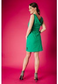 Sukienka Hultaj Polski bez rękawów, w kolorowe wzory