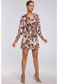 e-margeritka - Sukienka kopertowa mini z bufiastymi rękawami - s. Materiał: tkanina, poliester, materiał, elastan. Typ sukienki: kopertowe. Styl: elegancki. Długość: mini
