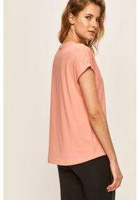 Only Play - T-shirt. Okazja: na co dzień. Kolor: różowy. Materiał: elastan, dzianina, poliester. Wzór: gładki. Styl: casual #5