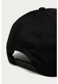 Czarna czapka z daszkiem Calvin Klein Jeans z aplikacjami