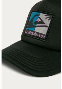 Czarna czapka z daszkiem Quiksilver z aplikacjami