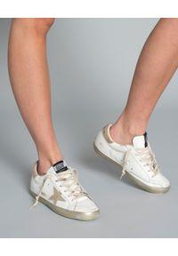 GOLDEN GOOSE - Sneakersy Superstar. Kolor: biały. Materiał: guma. Wzór: aplikacja