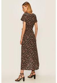 Czarna sukienka ANSWEAR maxi, w kwiaty, rozkloszowana