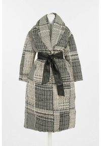 TwinSet - Zimowy płaszcz Twinset. Kolor: wielokolorowy, biały, czarny. Materiał: poliamid, poliester. Sezon: zima