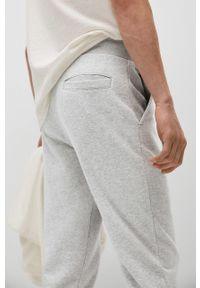Szare spodnie Mango Man gładkie, casualowe, na co dzień